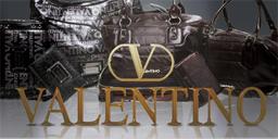 Valentino en el Club Outlet