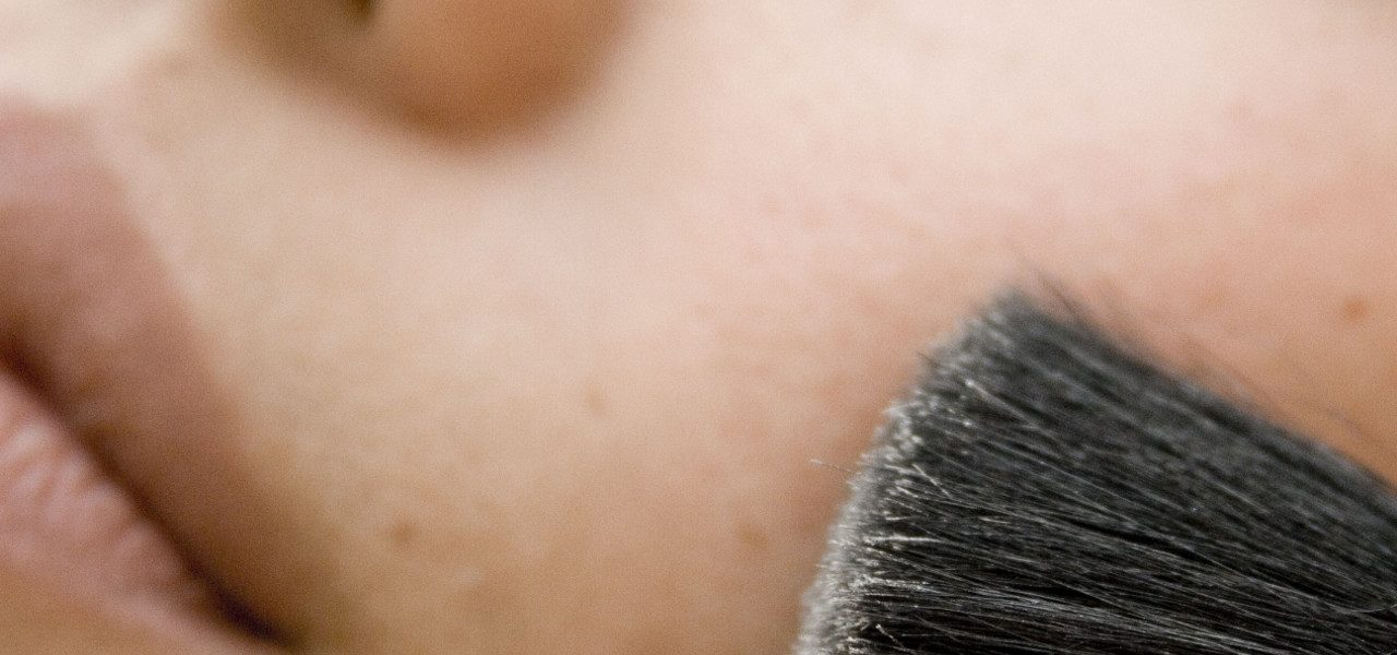 Maquillaje perfecto: hidrata tu piel antes y después
