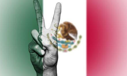 Canta México, canta y no llores