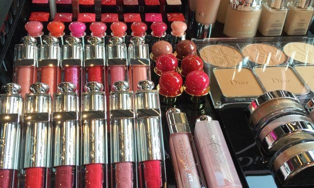 La nueva imagen de Dior para acercarse a la generación de moda: Cara Delevingne