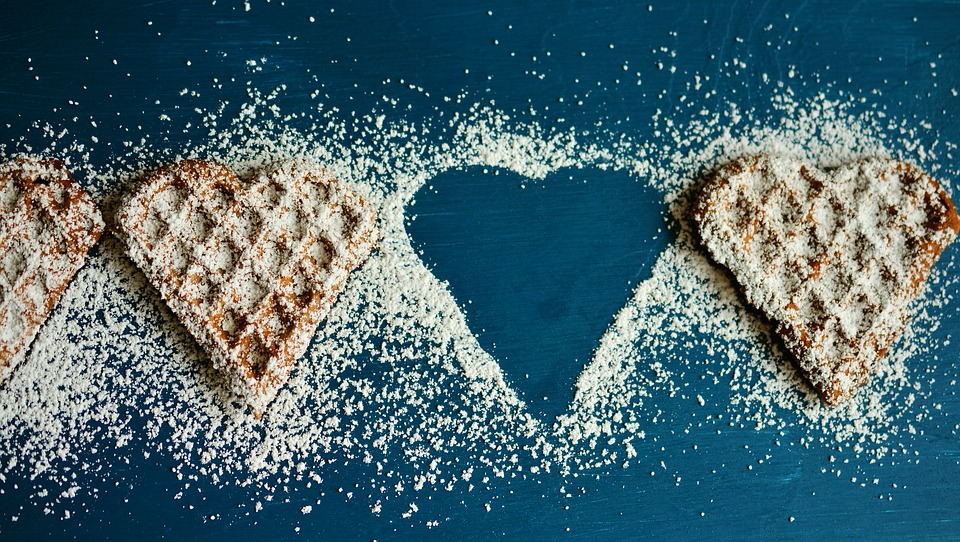 waffle-heart-2697904_960_720