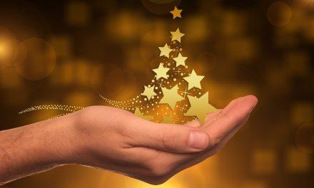 Llegando del más allá: el anuncio de la lotería de la Navidad