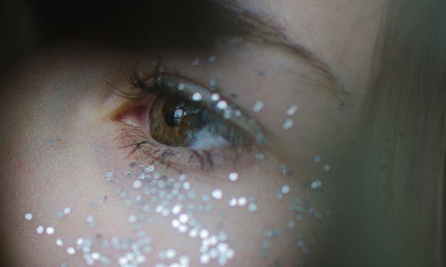 9 sombras de ojos con purpurina para salir de fiesta