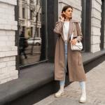 Look otoñal: ¿qué llevar con un impermeable?